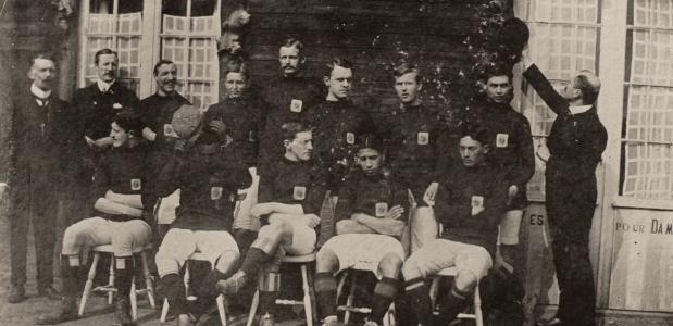 nederlands elftal eerste keer oranje