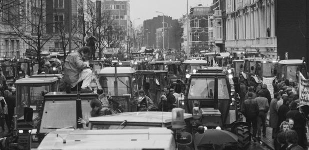 protesterende boeren bezetten Den Haag in maart 1989.