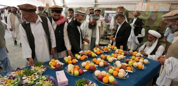 Viering Suikerfeest in Afghanistan