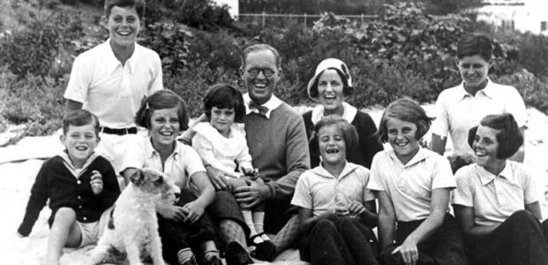 Kennedy-familie: vervloekt of tragedie?