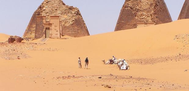 De Piramides van Meroë in Soedan, gebouwd ten tijde van het koninkrijk Koesj