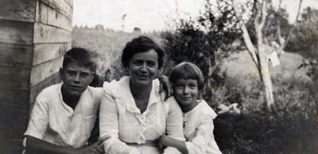 Moeder met haar kinderen