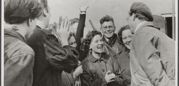Afbeeldingsresultaat voor foto's bevrijding westerbork