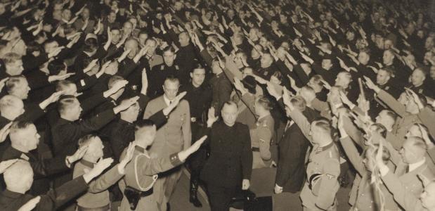 Anton Mussert, leider van de NSB, in 1942. (Beeldbank Stadsarchief Amsterdam)