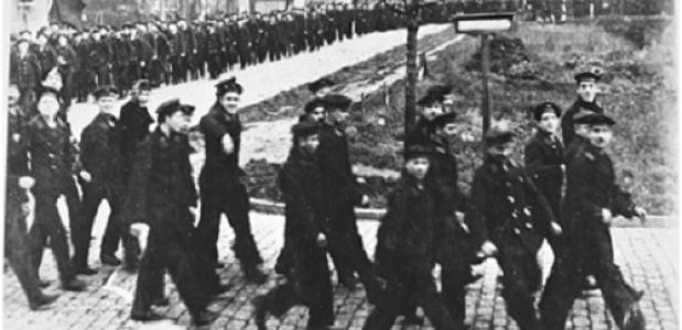 Demonstratie van de matrozen in Wilhelmshaven, 1918 (Wikimedia Commons)