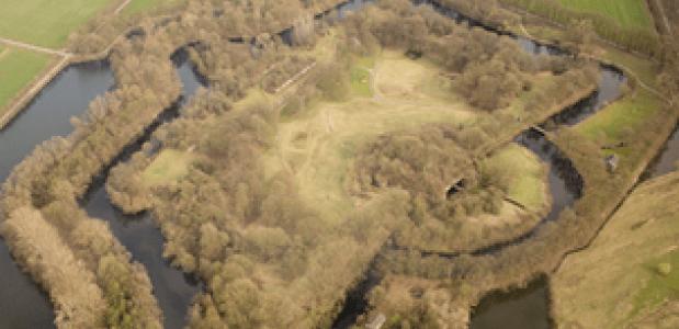 Fort bij Rijnauwen, door Johan Bakker