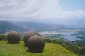 De stenen bollen in Costa Rica.