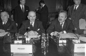 Ministerraad van de EEG kwamen bijeen in Brussel, 1964.