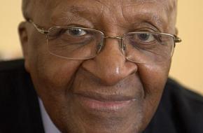 Wie was Desmond Tutu?