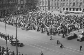 Stilte op de Dam 4 mei 1946