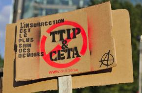 Stop TTIP en CETA protesten in Brussel in 2019. De Internationale Handelsorganisatie was een gelijksoortig initiatief.