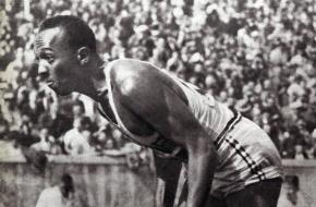 Jesse Owens op de Olympische Spelen in Berlijn