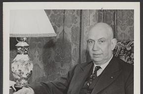 Portret van kamerlid Josef van Schaik. Bron: Nationaal archief, fotocollectie Elsevier.