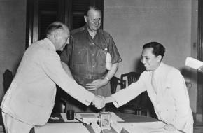 Wim Schermerhorn, Lord Killearn en Soetan Sjahrir op de Conferentie van Linggadjati