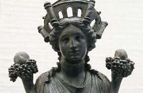 Beeld van Cybele oftewel Magna Mater