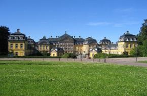 Schloss Bad Arlosen - Foto Touristik Service Bad Arolsen
