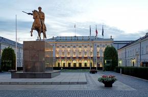 Het presidentiële paleis in Warschau, Polen, waar het Warschaupact werd opgesteld en ondertekend op 14 mei 1955