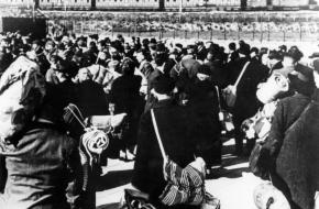 Deportatie van Joden vanuit Amsterdam naar Westerbork