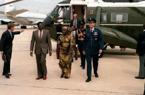 Robert Mugabe na een bezoek aan de Verenigde Staten