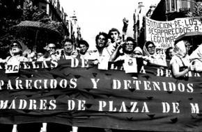 De dodenvluchten waren onderdeel van het dictatoriale regime van Jorge Videla. Julio Poch werd vrijgesproken van betrokkenheid.