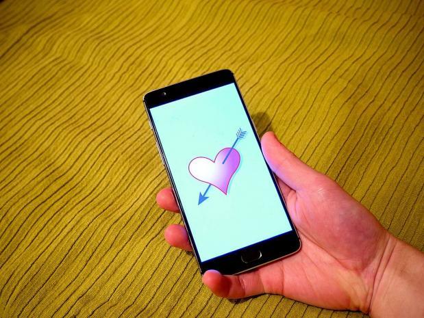 Soldaat van oranje online dating